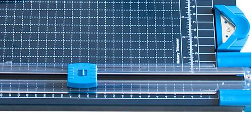 GL 410-M Beşi Bir Yerde Kollu Giyotin Makinesi Çoklu Bıçak Sistemi